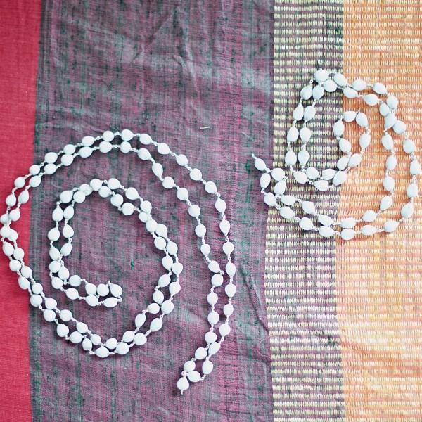 White & Silver Lotos Mala